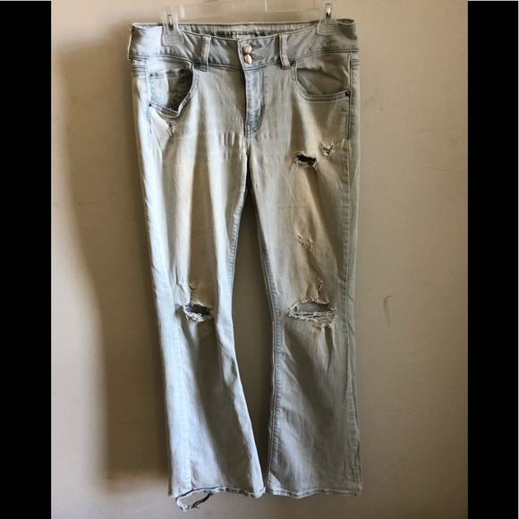 AEO American Eagle Artist Flair Jeans Distressed